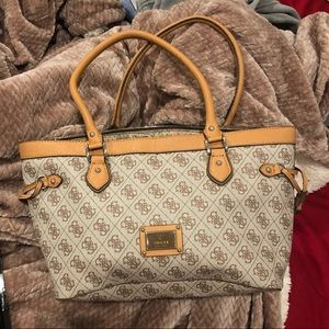 Guess bag, almost new Trade/ offers accepted